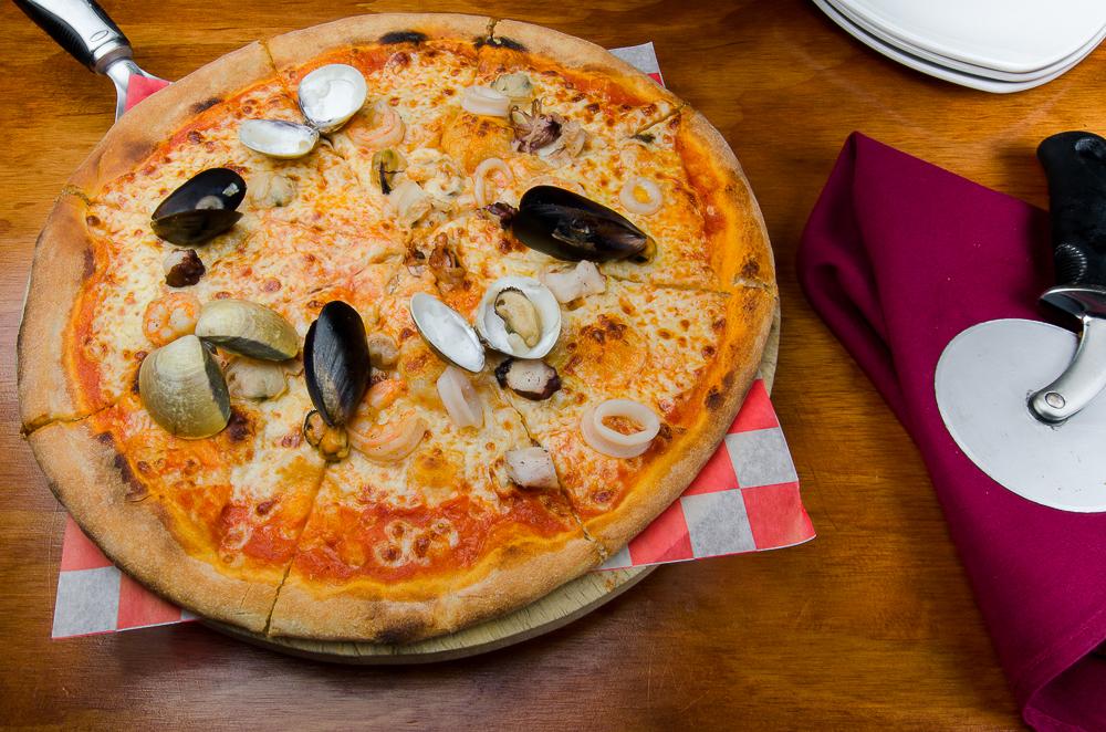 Geko's Trattoria Italiana - Seafood Pizza